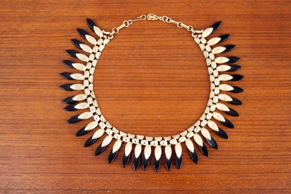 RESERVED vintage 1950s necklace / Egyptian Revival necklace / coro choker necklace