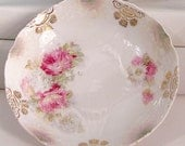 Berry or dessert dishes with gold art nouveau design