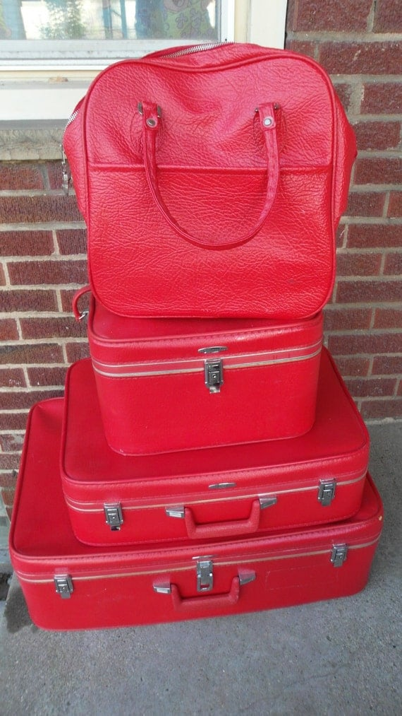 Vintage Red Sears Featherlite Luggage Set 4 piece with keys