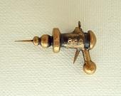 Kilroy Special TINY Retro Ray Gun Wood Pendant Ornament Science Fiction Dangle