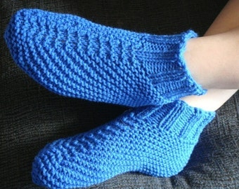 Knitting Pattern For Slippers Bootie : Adult Quick and Easy Knit Bootie Slipper by knittingneedler