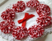 Red Gingham Christmas yo yos ideal for scrapbooking card making embellishments appliques for sewing projects