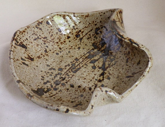 Stoneware Bowl in IVORY and Chocolate BROWN Spatter