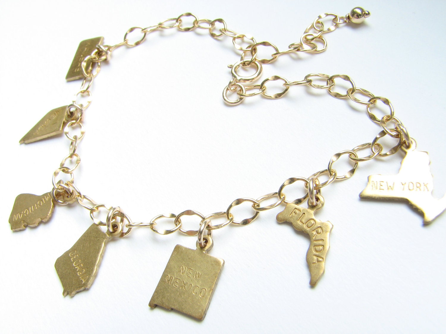 personalized state charm bracelet jewelry. Black Bedroom Furniture Sets. Home Design Ideas