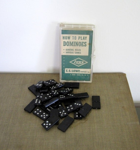 Lowe Plastic Mini Dominoes Set
