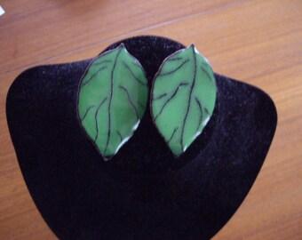 Vintage leaf post earrings