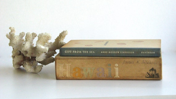 Vintage Books for Home Decor Beach-Hawaiian-Shell Theme
