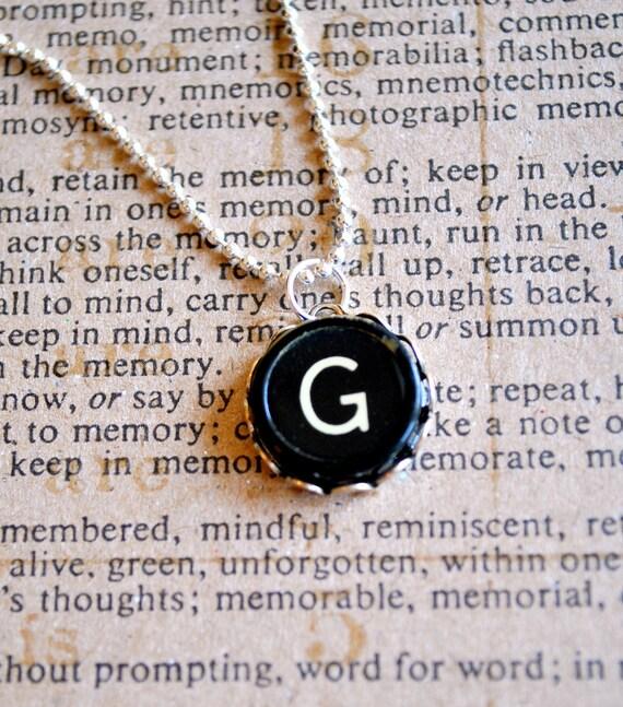 Vintage Typewriter Key Jewelry Necklace - Letter G - Black