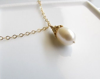 Classic Freshwater Pearl Necklace, White Pearl Necklace, Dainty Necklace, Single Pearl Necklace