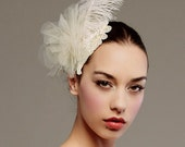 Ostrich feather and tulle petals fascinator - Style: 0031