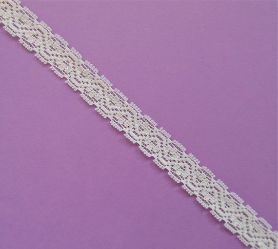 White Stretch Lace, 10 Yards, 1/2 Inches Wide, Flower Pattern, Elastic