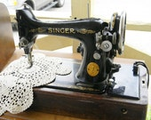 Singer Sewing Machine Portable Electric Vintage Works Like a Gem SALE PRICE
