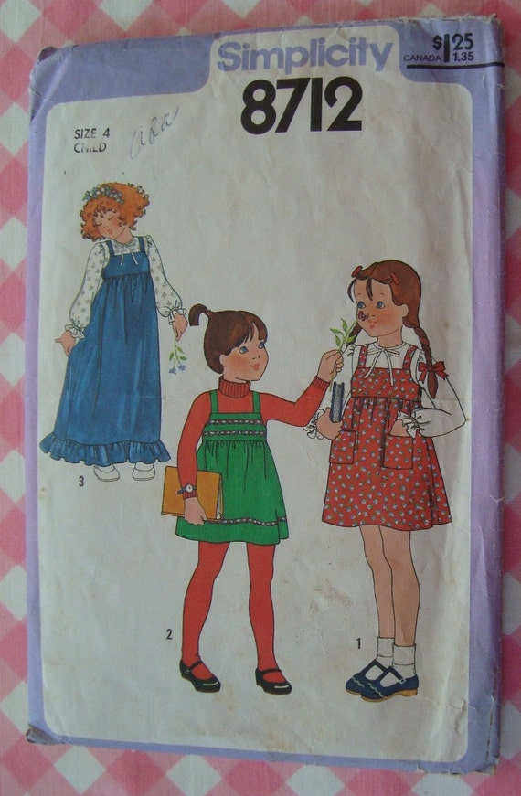 Little Girls Pullover Jumper in Two Lengths and Blouse Size 4 Simplicity Pattern 8712 Vintage 1970's Cut/Complete