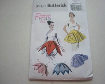 Pattern Retro 1954 Ladies Aprons 4 styles S-M-L Uncut Butterick 5435
