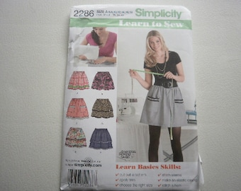 Pattern Ladies Skirts Learn to Sew Basics  Sz 6 to 18 New Simplicity 2286