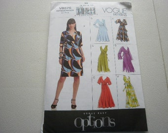 Pattern Ladies Dresses 6 Styles SIzes 8-14 NOW OUT of Print Vogue 8575