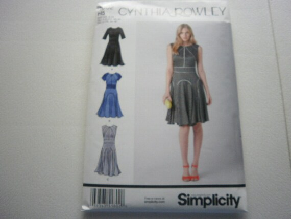 Pattern Ladies Dress  Sizes 14 to 22 Simplicity 1802