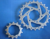 Magnets Made From Bicycle Gears