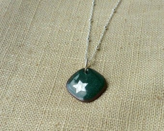 Deep Green Star Enamel Necklace