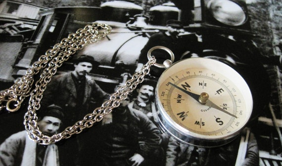Free Shipping Silver Metaled Antique Navigation Compass Necklace Made in Germany
