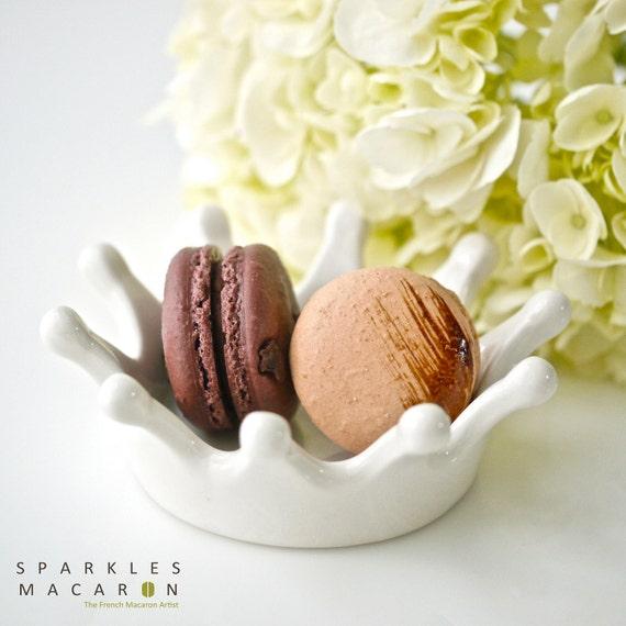 12 Assorted Regular French Macarons