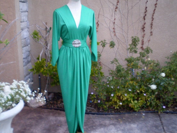 A vintage 1960s 1970s green dolman sleeves beaded draped cocktail formal party theme wedding prom Hollywood maxi dress size M