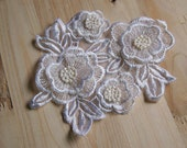 vivid 2 layers embroidery white flowers cream flower heart applique