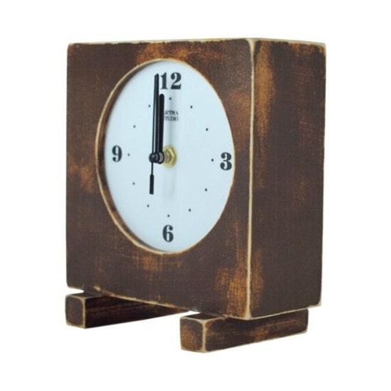 Wooden desk clock gold olde choCCo