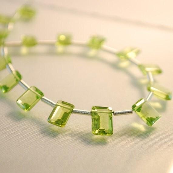 Peridot Gemstone Bead Emerald Cut AAA - 6x5mm - Matched Pair