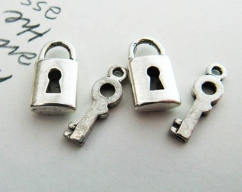 5sets of  Silver Lock and Key Charm/Pendant