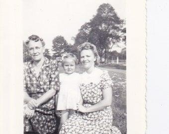 Two Ladies and Little Girl - Vintage Photograph, Vernacular, Ephemera, Vintage Photo, Black and White  (N)