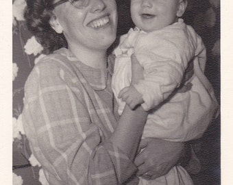 Vintage Photo - Smiling Mom and Baby - Vintage Photograph, Vernacular, Found Photo  (C)