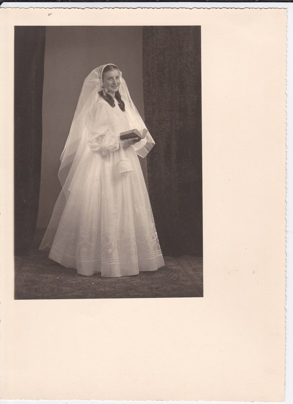 Bride Holding Bible Vintage Photograph (KK)