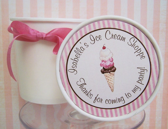 Old Fashioned Ice Cream Pint Cups...One Dozen Cupcake Mix Favor Boxes