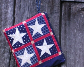 Wristlet bag, patriotic colors, zippered pouch, US flag, stars and stripes