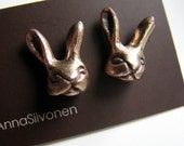 Bunny rabbit posts bronze with surgical steel