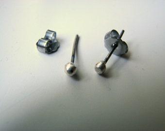 Tiny titanium sparkle studs