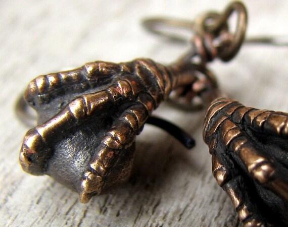 Titaniun earrings bird claws