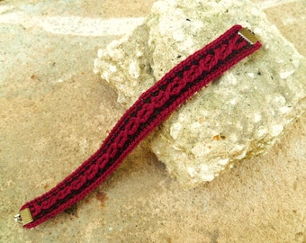 Scarlet and Black Crocheted Cable Bracelet