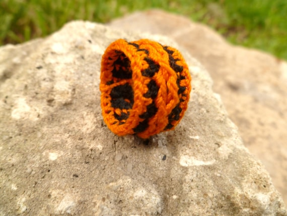 Custom Cable Crocheted Ring Size 9