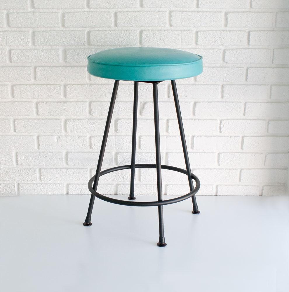 Mid century modern bar stool 🔎zoom