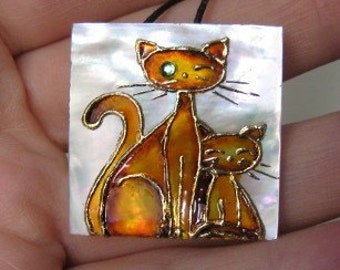 Cats pendant mother of pearl painted by hand, cat lover gift, cat jewelry