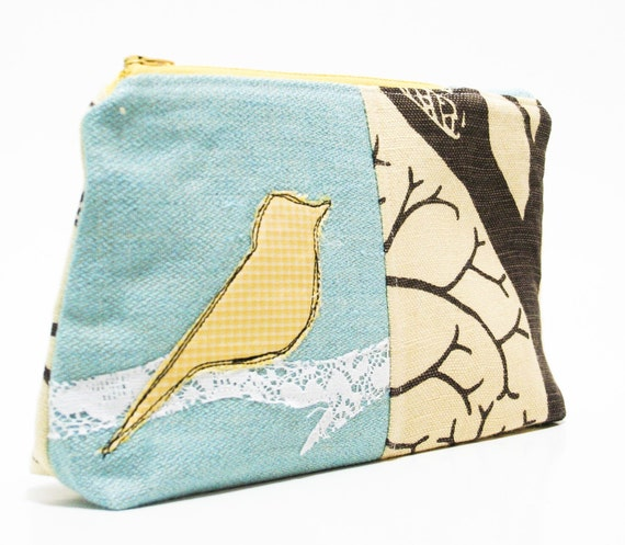 the ecofriendly wedge pouch in Sparrow Blue