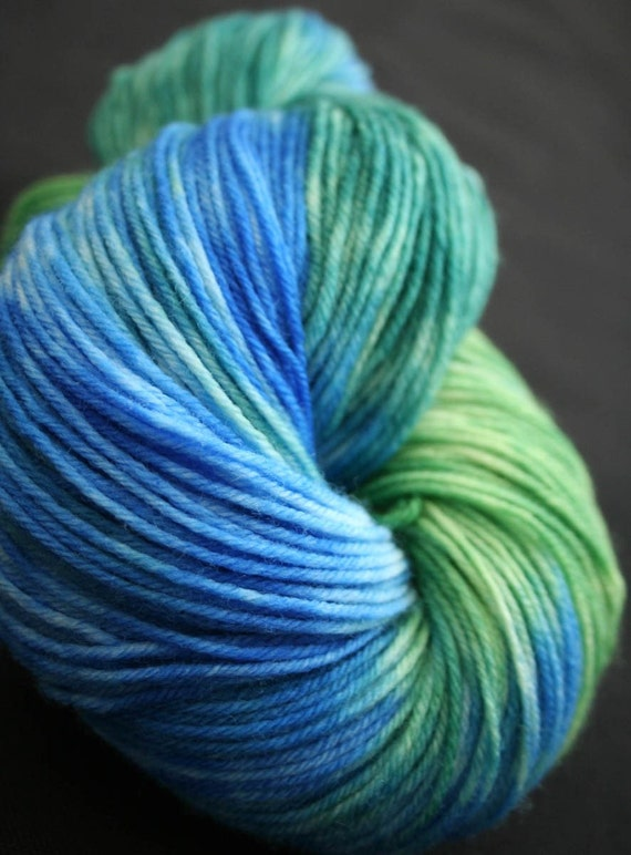 WORLDLY Superwash Merino Wool Fingering Weight Yarn