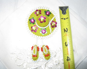 Vintage Pin Felt and foil and glass beads Sombrero and Shoes c.1960s