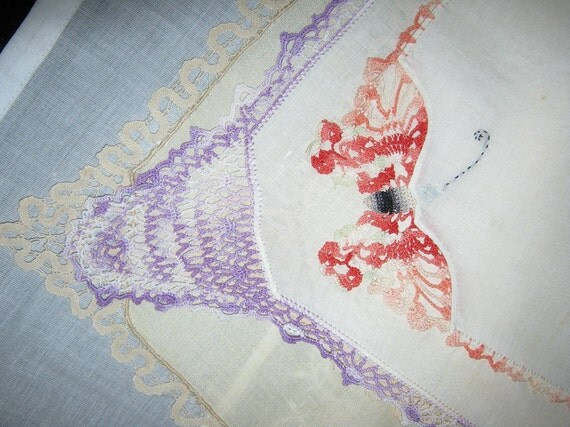 Hankerchiefs a Total of 4 1940s By Gatormom13