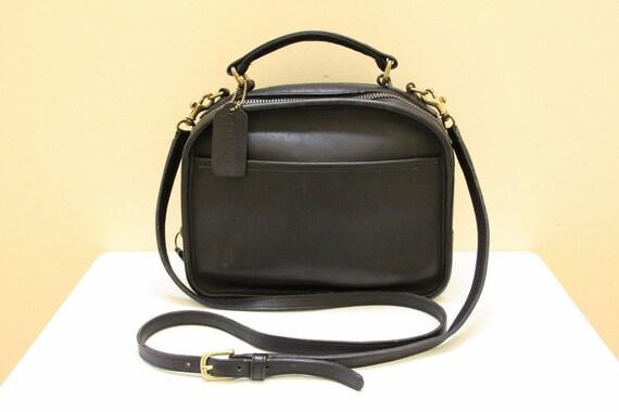 Vintage Coach Black Leather Purse //  Cross Body  Shoulder Bag