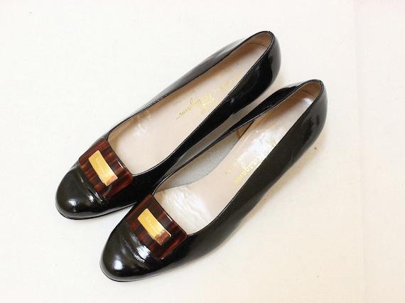 Vintage Salvatore Ferragamo Black Patent Leather Women's Shoes // Size 9.5 B
