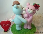 Wedding Cake Topper--Kissing Bear Love HAND Hold HAND with Circle Clear Base-custom order