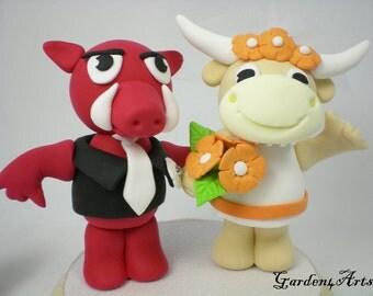Custom Mascot  Wedding Cake Topper--Love Arkansas & Texas with Circle Clear Base